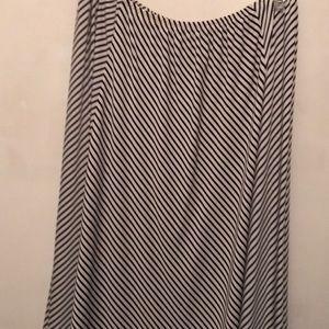 Dresses & Skirts - Plaza South black and white skirt